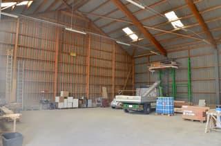 Gewerbehalle • viel Raum • div. Parkplätze • vielseitige Nutzung (3)