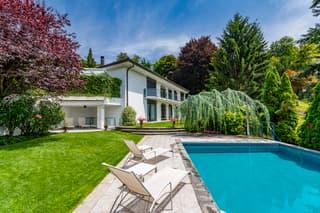 Bellissima moderna villa con privacy (2)
