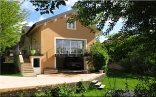 Dpt Ain (01), à vendre COLLONGES maison indivuelle rénovée 2015  sur 272 m2 avec jardin (2)