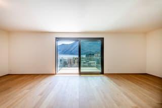 Loreto: Appartamento 3.5 locali con meravigliosa vista lago (4)