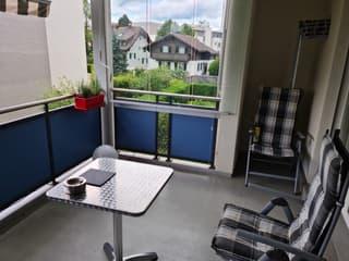 Schöne 3 1/2 Wohnung mit Balkon (4)