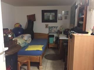 Joli appartement plein centre, entrée indépendante au rez (4)