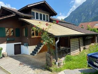 Einfamilienhaus mit angebauter Scheune und Garten (2)