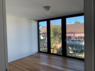 Moderne, lichtdurchflutete 3,5 Zimmer-Wohnung in Winterthur (2)