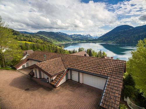 Seeliegenschaft mit Einfamilienhaus, Obergeri - winuo.org