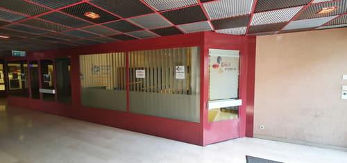 Bureau au rez-de-chaussée au centre de Châtel-Saint-Denis