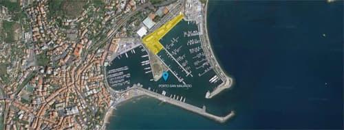 Posto Barca situato nel Porto Maurizio di Imperia