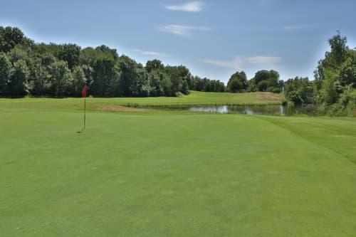 Golf de 18 trous, avec son projet immobilier !!!
