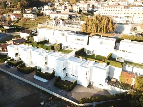 Bella casa a schiera di 4.5 locali a Sonvico