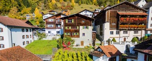 Wunderschönes Walserhaus – Die «Casa Felice» im Dorfkern von Trin (1)