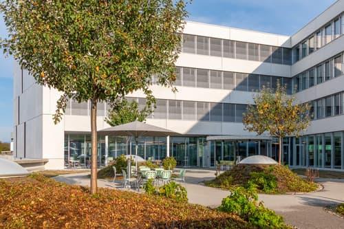 570 m2 - Magnifiques surfaces de bureaux à coté de Biopôle