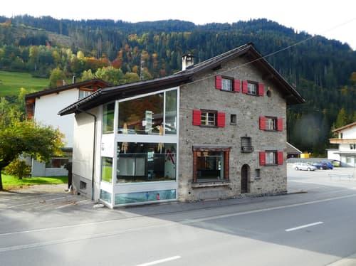 Das Wohn- und Geschäftshaus an sehr guter Lage in Küblis
