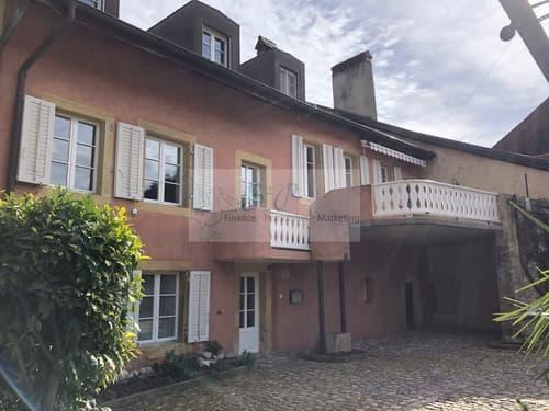 Magnifique villa de 6.5 pièces dans un cadre verdoyant et calme.