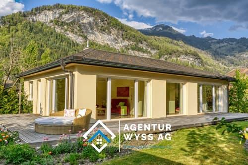 Agentur Wyss AG: Traumhaftes Einfamilienhaus mit grossem Garten (1)