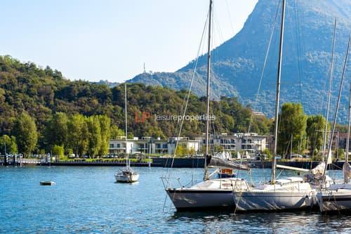 NEU: Leben in einer Oase, umgeben von viel Grün, mit Panoramablick auf den See und die Berge