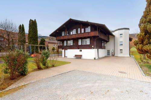 Gepflegtes Mehrfamilienhaus mit vier Wohneinheiten