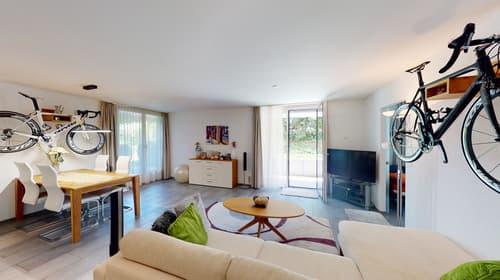 2.5-Zimmer Garten-Wohnung mit Hobbyraum