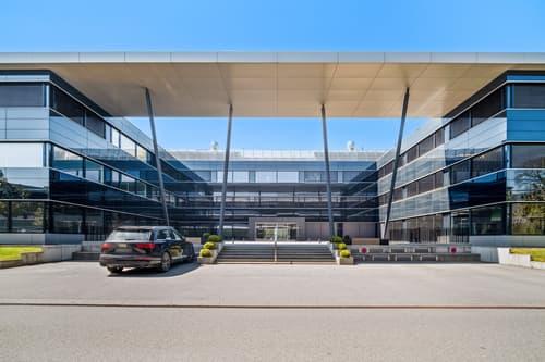 A louer 600 m2 de bureaux équipés