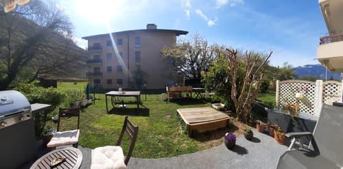 Appartement de 2.5 pièces à Ollon avec grand jardin privatif