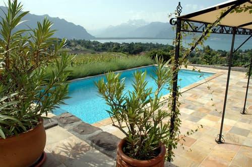 Villa individuelle de style Chalet de 8 pièces, avec piscine