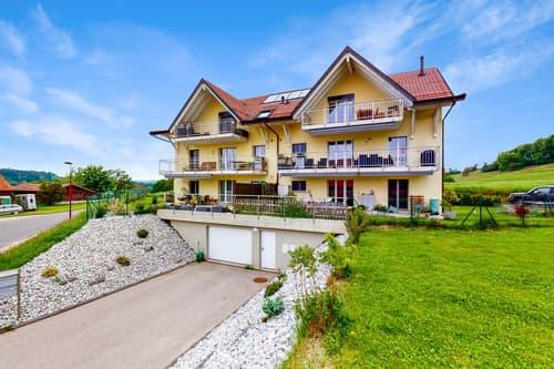 Bel appartement avec grand balcon à Vulliens !