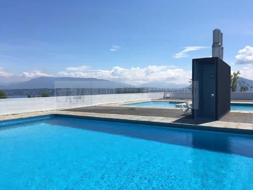Résidence avec piscine Meublé avec goût