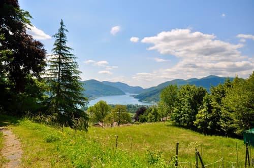 Terreno Edificabile con Vista sul Lago di Lugano in vendita a Vernate