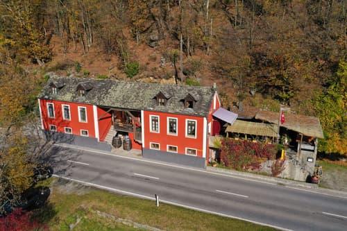 GORDEVIO - Grotto Cà Rossa: Bellissimo grotto con appartamento