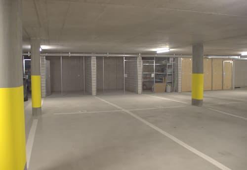 Sicherer Doppel-Tiefgaragenplatz für Ihre Fahrzeuge