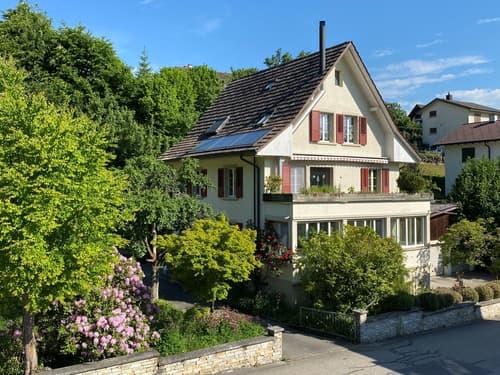 Mehrfamilienhaus mit viel Umschwung (1)