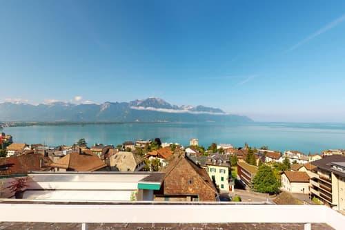 Bel appartement avec vue lac et montagnes panoramique à Veytaux.