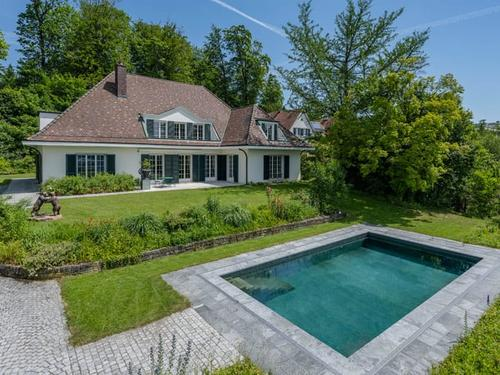 Repräsentative Villa am Lindberg (1)