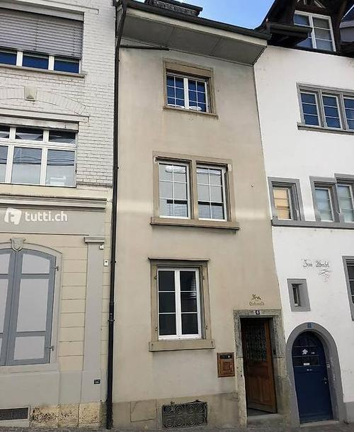 Per sofort zu vermieten neu renoviertes 6.5 Zi Altstadthaus
