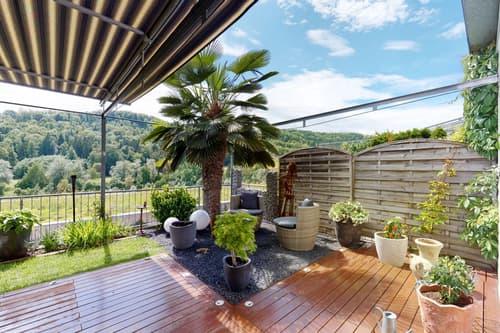 Ruhiges Terrassenhaus mit attraktivem Garten und Sicht ins Grüne