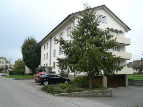 gemütliche 2.5-Zimmer-Dachwohnung in gepflegter Liegenschaft