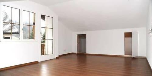 """""""Frisch renovierte 3.5 Zimmer Wohnung"""" In Zweifamilienhaus"""