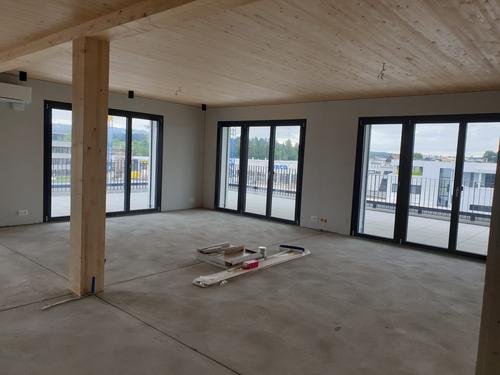 Atelier / Praxis / Büroraum an zentraler Lage nahe Autobahnausfahrt - Erstbezug!