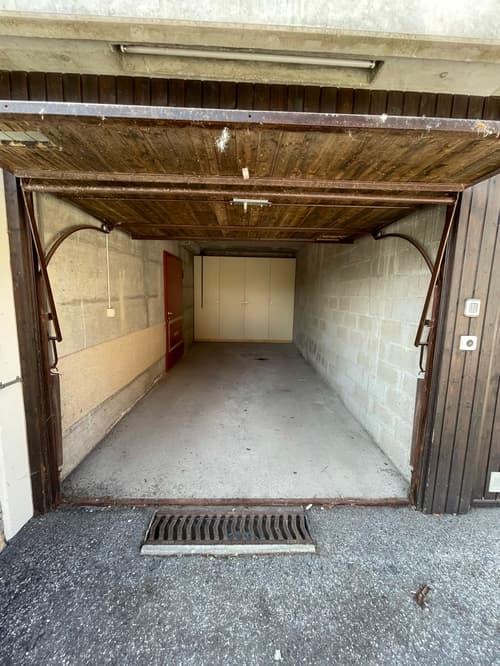 A louer : Box garage proche du départ de Tracouet