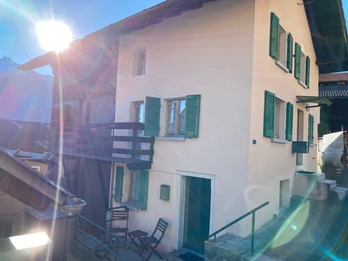 Appartamento affittasi in grazioso chalet ad Altanca, Quinto (1)