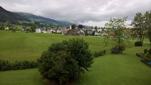 gemütliches Wohnen mit Blick ins Grüne (1)