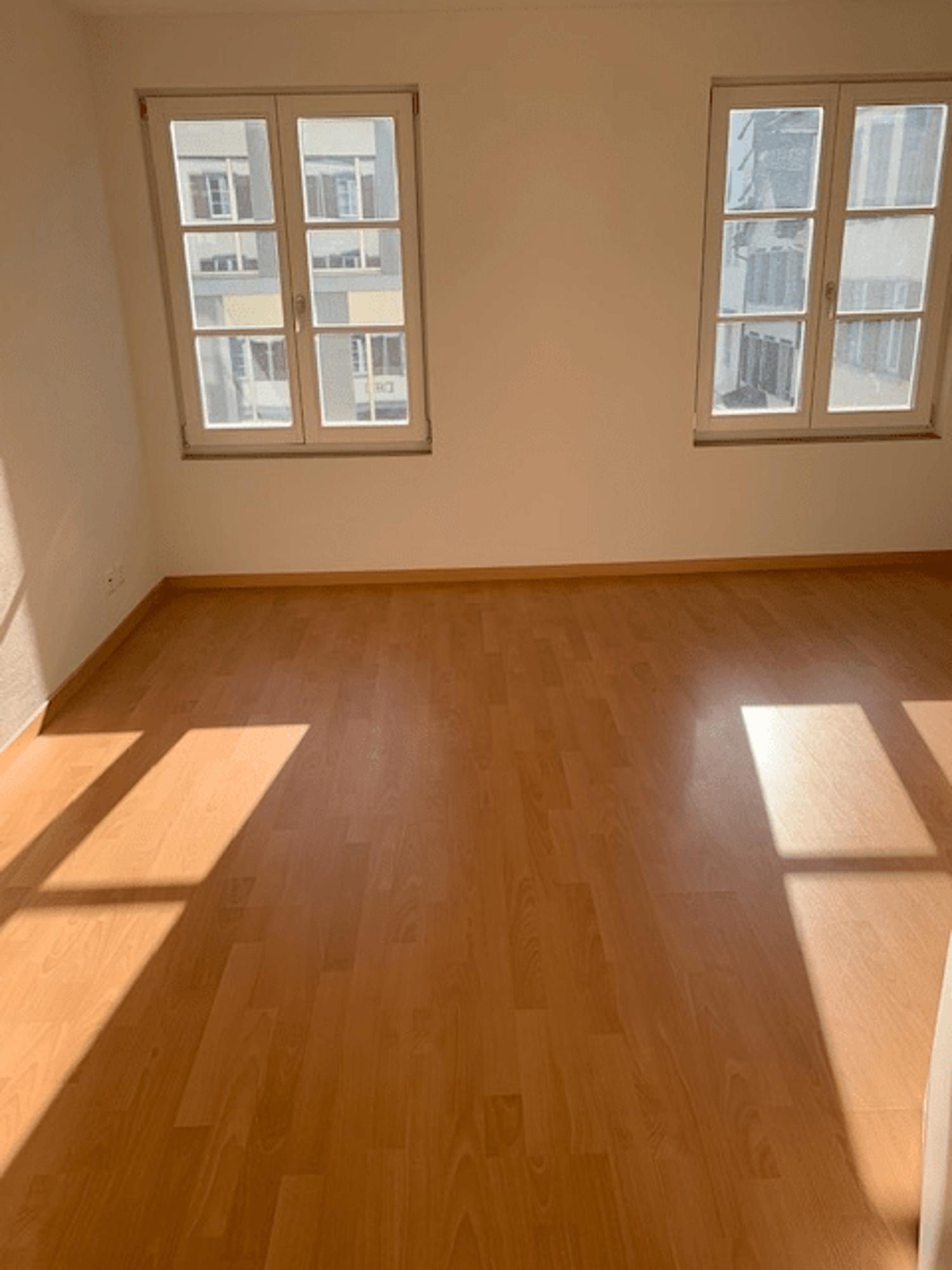 Miete: Helle Wohnung