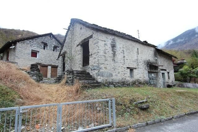 Ascona, 4.5 Zi. Villetta, 2. Wohnsitzbewilligung, ebener Garten