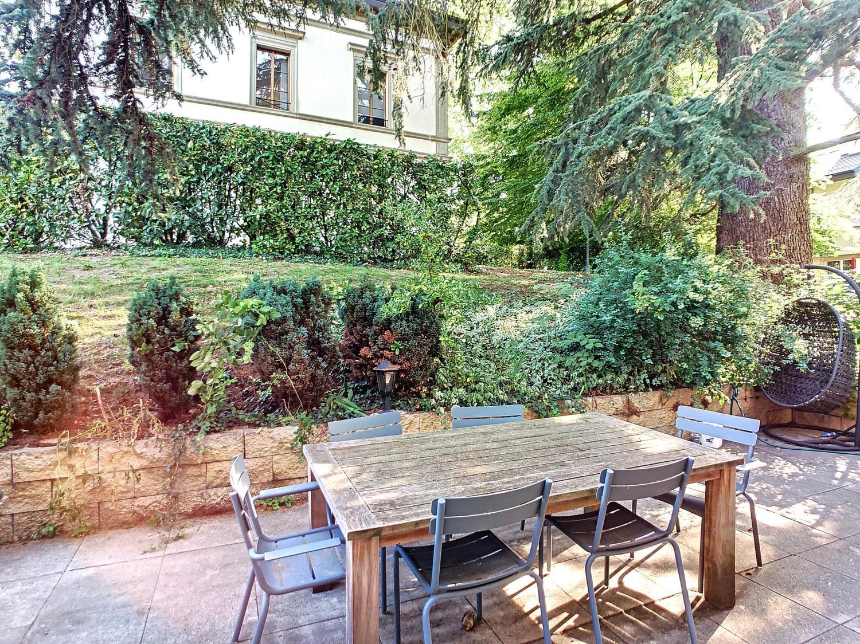 Agréable appartement en rez de jardin avec terrasse