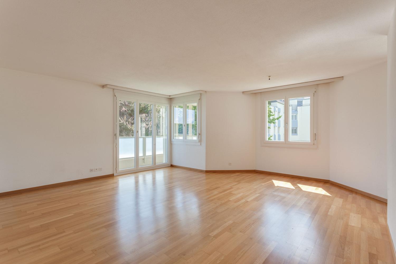 Miete: modern ausgestattete Wohnung