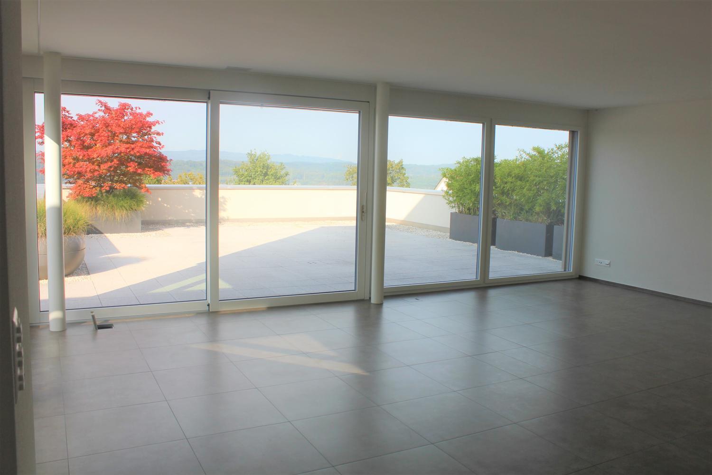 Miete: aussergewöhnliche Terrassenhaus in Zufikon