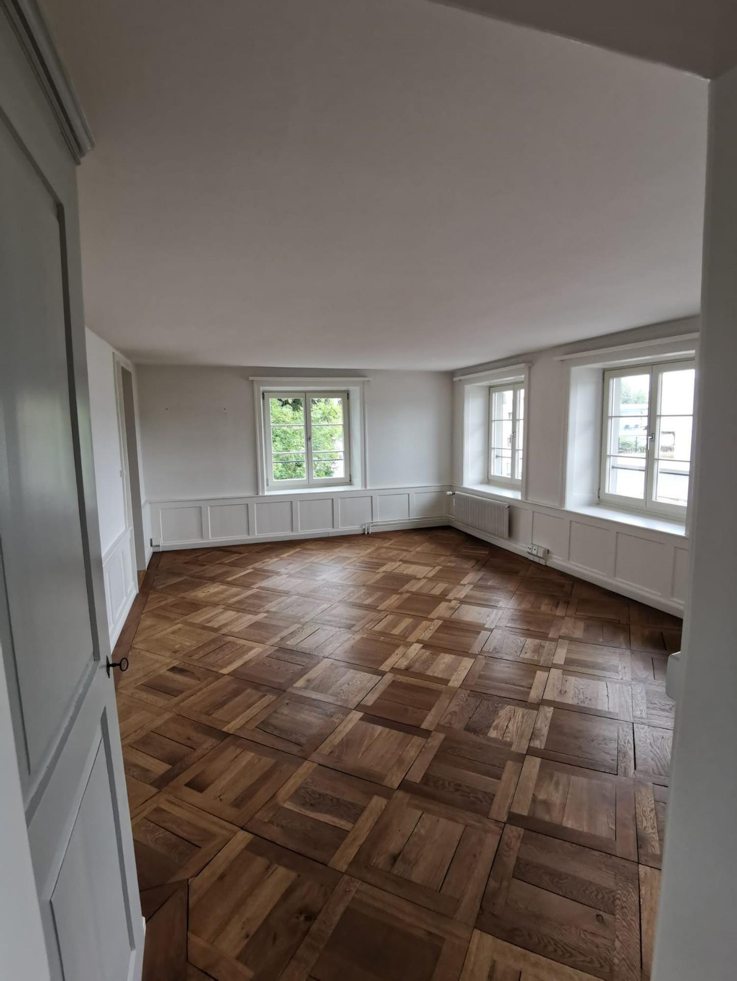 Miete: Wohnung mit Ausblick auf den Zürichsee
