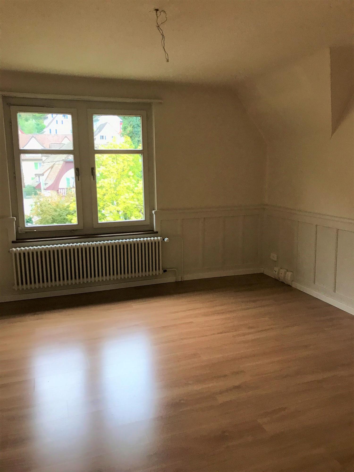 Miete: wunderschöne Wohnung mit viel Charme
