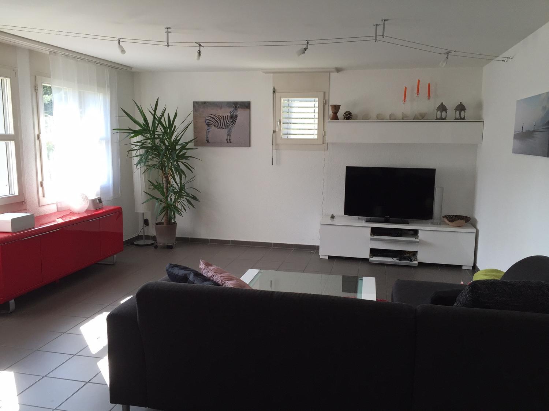 Möblierbare Wohnung zu vermieten per sofort