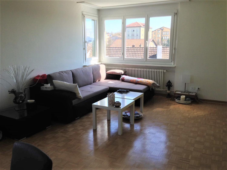 Miete: Maisonette-Wohnung mit Terrasse, zentral gelegen