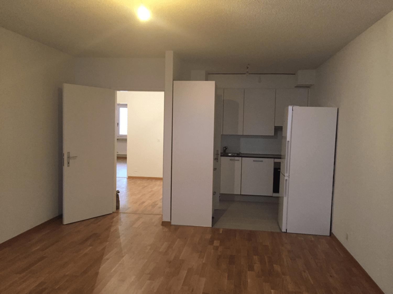 Miete: helle, grosszügige Wohnung